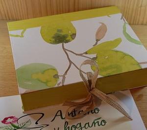 Caja manzana verde